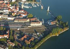 Bahnhof-Insel